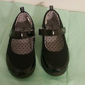 OshKosh B'gosh girls size 10 shoe